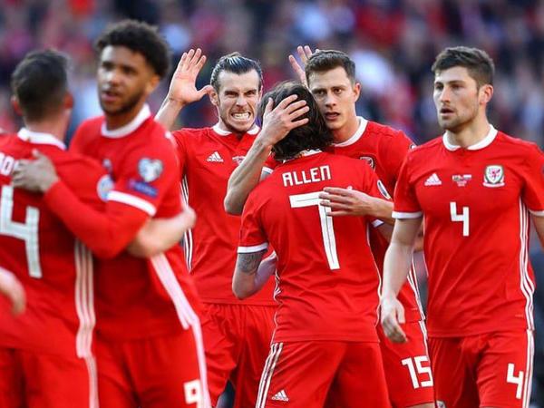 """Rayan Giqqz millimizlə oyuna 26 futbolçu çağırdı - <span class=""""color_red"""">Siyahı</span>"""