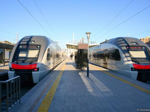 """""""Stadler"""" Bakı-Tbilisi-Qars dəmir yolu üçün yeni vaqonların gətiriləcəyi VAXTI açıqladı"""