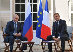 Putin-Makron: Rusiya ilə Aİ münasibətlərinin ziddiyyətləri azalmır