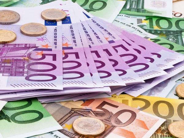 Brüssel 100 milyard avro ehtiyata malik Avropa Sənaye Fondu yaratmaq istəyir