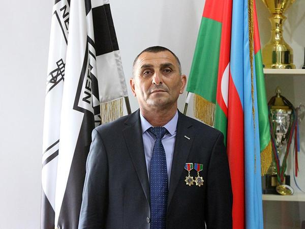 """""""Neftçi""""nin məşqçisi medalla təltif olundu"""