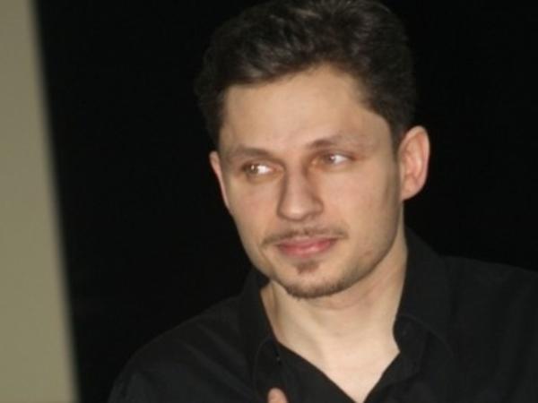 Aktyor yol qəzasında öldü