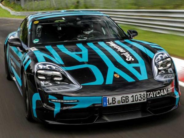 Porsche Taycan Nurburqrinqin yeni rekorduna imza atıb - VİDEO - FOTO
