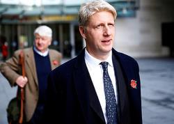 Boris Consonun nazir qardaşı istefaya gedir