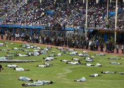 """Stadionda İZDİHAM: Onlarla ölü, yüzlərlə yaralı  - <span class=""""color_red"""">FOTO</span>"""