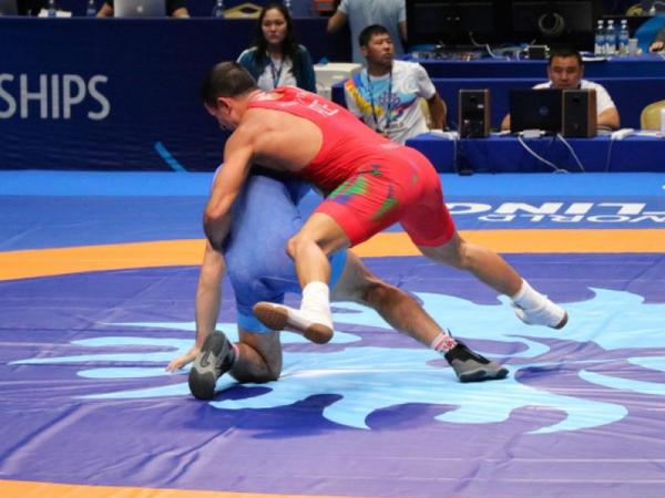 Yunan-Roma güləşçilərimiz dünya çempionatında iki medal qazanıblar - FOTO