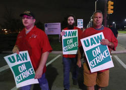 General Motors işçiləri tətilə başlayıb