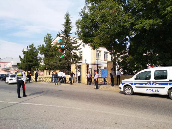 İlk dərs günü Quba polisi təhlükəsizliyi tam təmin edib - FOTO