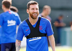 "&quot;&quot;Borussiya&quot;nın azarkeşləri xoşuma gəlir&quot; - <span class=""color_red"">Messi - FOTO</span>"