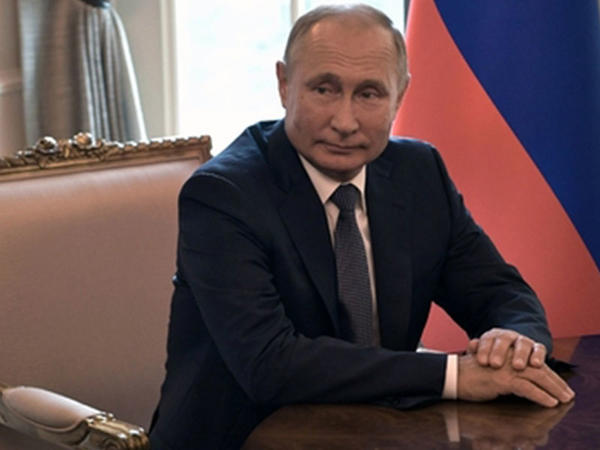 """Putin suala """"Quran""""dan sitat gətirərək cavab verdi"""