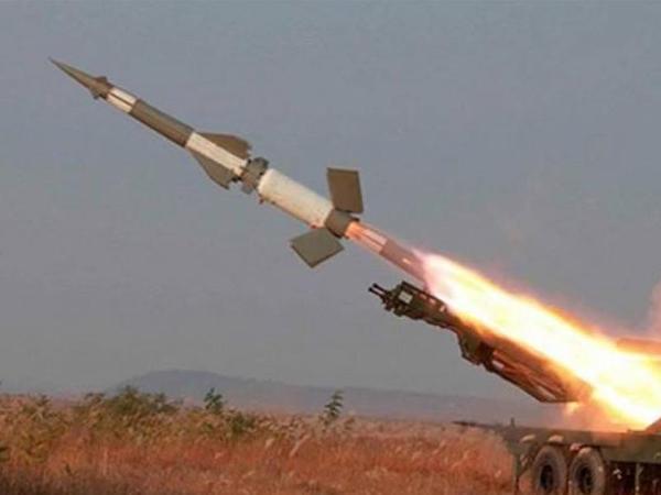 Hindistan yeni raketi sınaqdan keçirdi