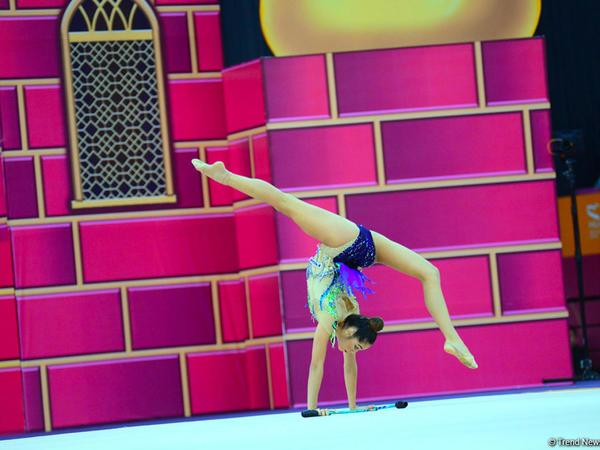 Bədii gimnastika üzrə dünya çempionatında lentlə hərəkətlərdə finalçılar məlum olub