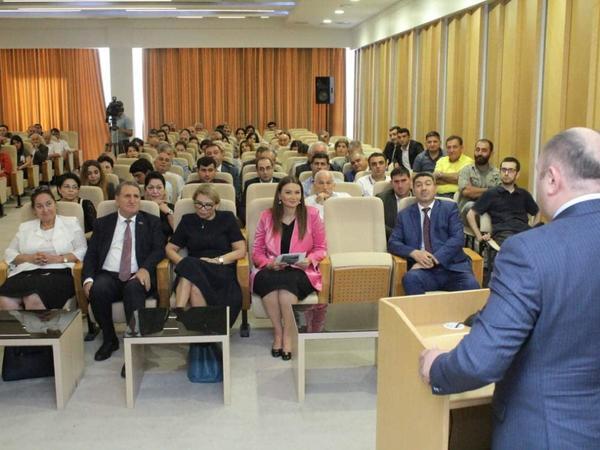 """Mərkəzi Elmi Kitabxanada """"Qafqaz Neoliti"""" sənədli filminin təqdimatı keçirilib - FOTO"""