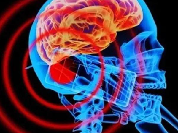 Mobil telefonlar beyin xərçəngini yaradırmı?