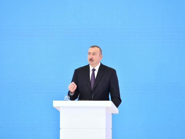 """Azərbaycan Prezidenti: """"Bizim valyuta ehtiyatlarımız xarici borcumuzdan beş dəfə artıqdır"""""""
