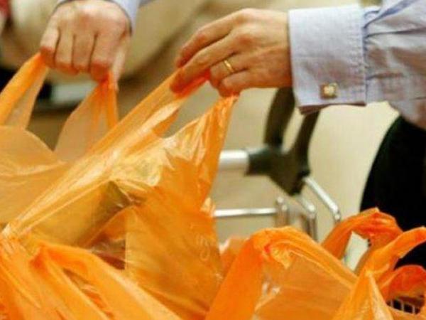 Avropa İttifaqı: Plastik torbalar ödənişli olsun
