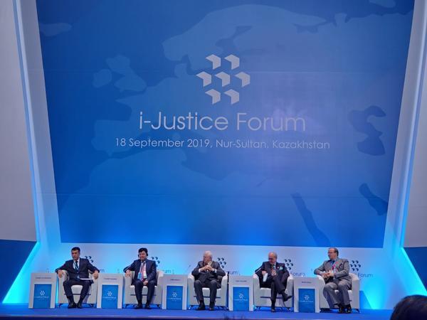 Qazaxıstanda dünyamiqyaslı Beynəlxalq Ədliyyə Forumu keçirildi - FOTO
