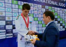 """Cüdoçumuz dünya birinciliyinin gümüş medalını qazandı - <span class=""""color_red"""">Erməniyə qalib gəldi - FOTO</span>"""