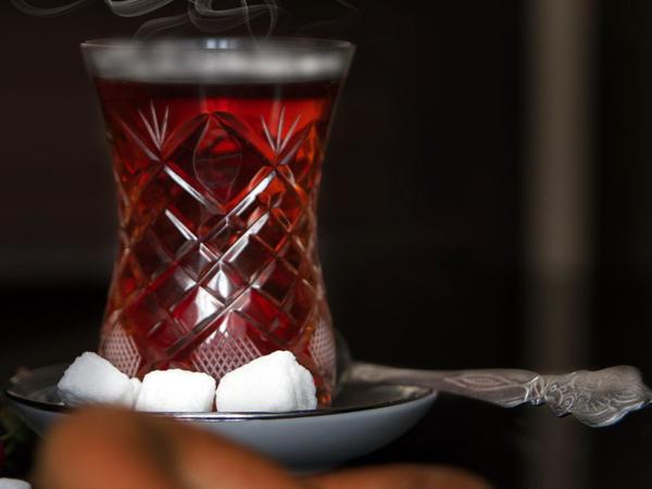 Alimlər çayın yeni qeyri-adi xüsusiyyətlərini kəşf ediblər