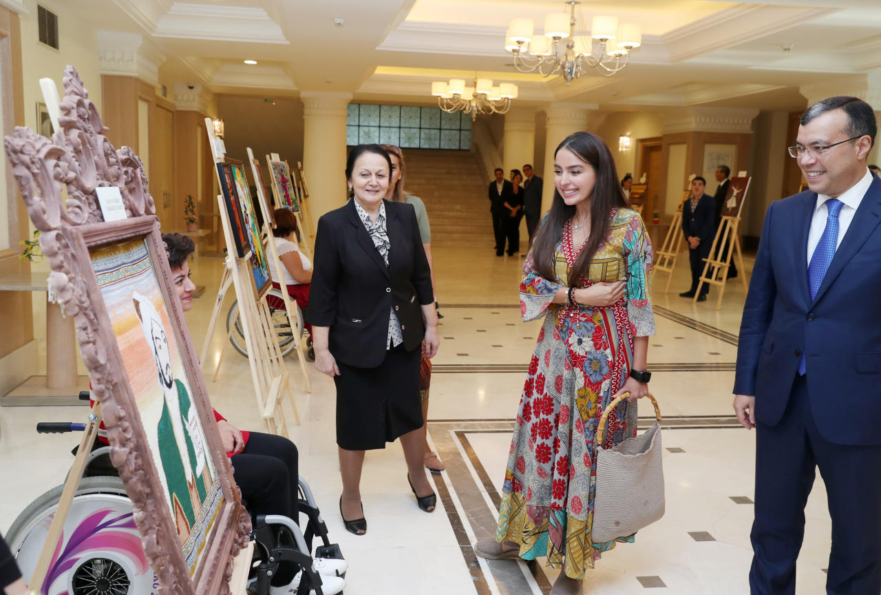 """Heydər Əliyev Fondunun vitse-prezidenti Leyla Əliyeva """"Nəsimi"""" antreprizasının təqdimatında iştirak edib - FOTO"""