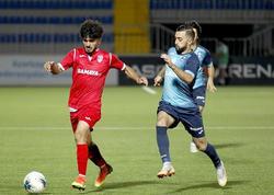 "Azərbaycanlı futbolçu Fransaya buraxılmadı - <span class=""color_red"">Hava limanından geri qaytarıldı</span>"