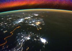 """NASA orbitə yeni peyk buraxdı - <span class=""""color_red"""">Yerin ion təbəqəsini tədqiq edəcək </span>"""