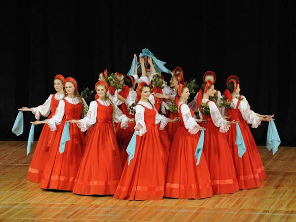 """Əfsanəvi """"Beryozka"""" ansamblı Bakıda konsert proqramı ilə çıxış edib - FOTO"""