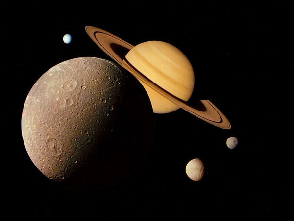 Saturn planetinin yaşamaq üçün əlverişli olması şansı artır