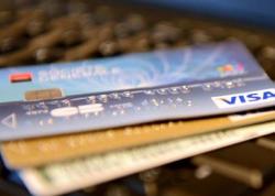 İngiltərədə xalis qızıldan bank kartları hazırlandı