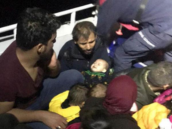 Türkiyədə miqrantların gəmisi batdı: 1 uşaq öldü, digəri itkin düşdü