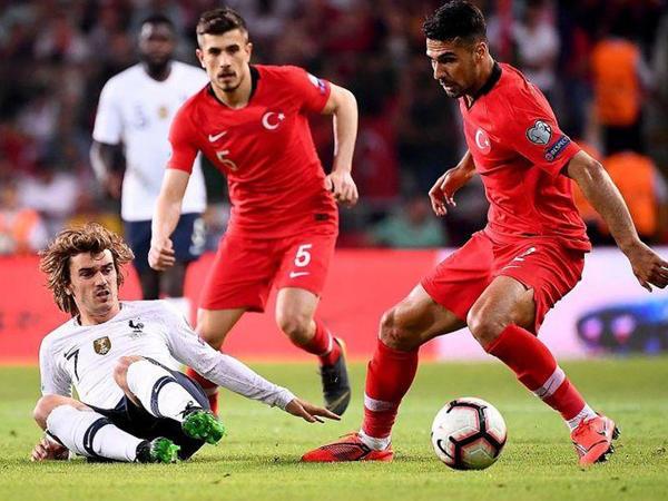 Fransa - Türkiyə oyununun ləğvi tələbi
