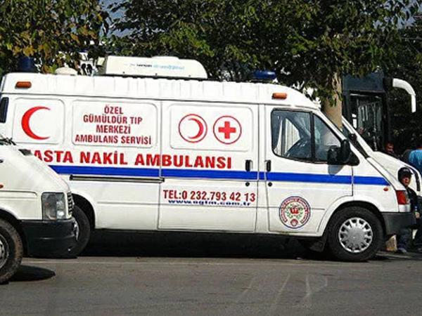 """Antalyada turistləri daşıyan avtobus aşdı - <span class=""""color_red"""">Yaralılar var</span>"""