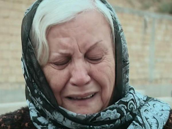 """Anar Nağılbazın məzarını qucaqlayan anası: """"İyini balalarından alıram"""" - <span class=""""color_red"""">VİDEO - FOTO</span>"""
