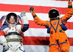 NASA Aya və Marsa uçuşlarda istifadə ediləcək yeni skafandrları təqdim edib