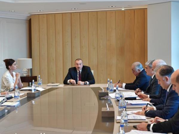 Prezident İlham Əliyev: Müasir dünyagörüşlü, müasir iqtisadiyyatı bilən, bilikli, gənc kadrlar işə cəlb edilməlidir