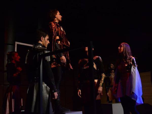 """Beynəlxalq Muğam Mərkəzində """"Otello əfsanəsi"""" tamaşası nümayiş olunub"""