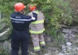 Ermənistanda yaşayış binası çökdü