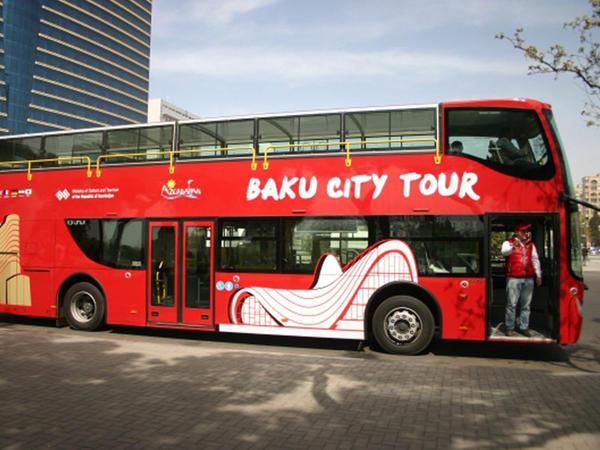 """""""Baku City Tour"""" avtobuslarına yeni hərəkət istiqaməti əlavə olunacaq"""