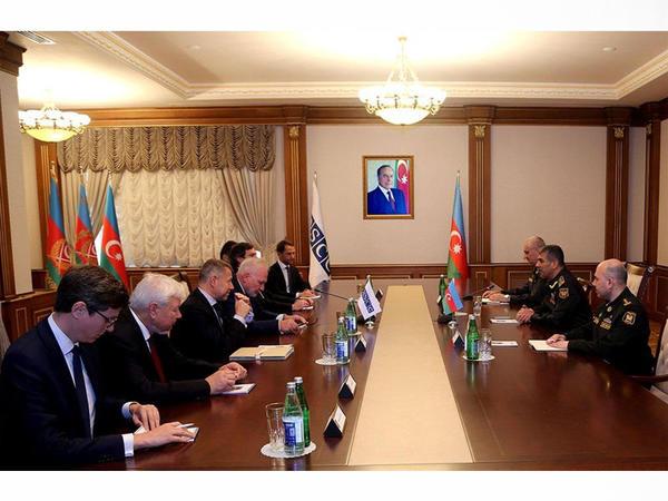 Müdafiə naziri Minsk qrupunun həmsədrləri ilə görüşüb