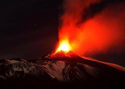 Etna vulkanı püskürdü