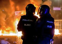 Kataloniyada etirazlar: 128 nəfər saxlanıldı, 207 polis yaralandı
