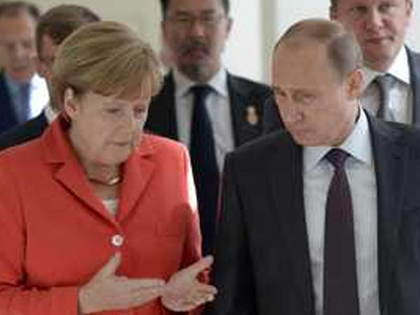 Merkel Putinlə 4 məsələni müzakirə etdi