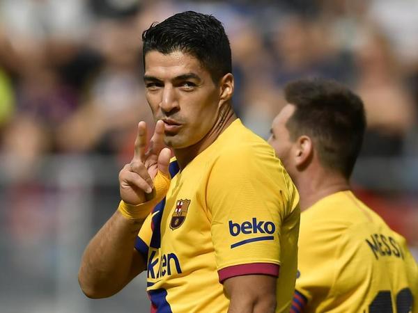 """Suares """"Barselona"""" tarixinə düşdü"""