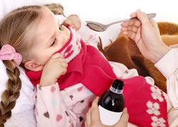 Öskürək əleyhinə siropları uşaqlara verməyin - Pediatrdan çağırış