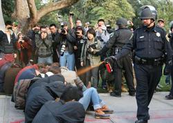 """Azərbaycan polisi avropadakılardan daha etik və təmkinli davrandı - <span class=""""color_red"""">FOTO</span>"""