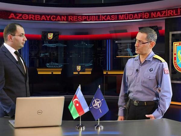 """NATO kontr-admiralı: """"Azərbaycan Ordusunun hərbi qulluqçularının peşəkarlıq səviyyəsi onların güclü olduğundan xəbər verir"""" - VİDEO"""