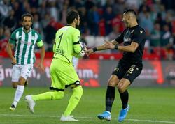 """Türkiyə futbol tarixində İLK: Qapıçı 20-ci saniyədə... - <span class=""""color_red"""">VİDEO</span>"""