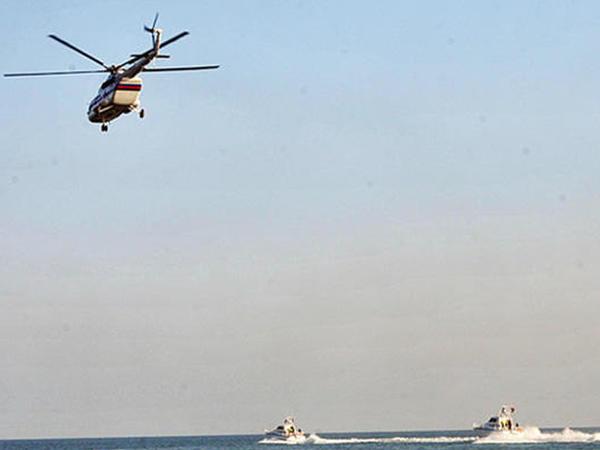 Dənizdə itkin düşən balıqçının axtarışlarına helikopter cəlb edildi