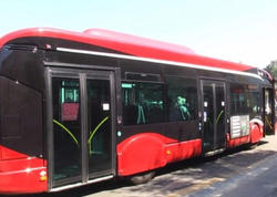 Paytaxtda marşrut avtobuslarının hərəkətində çətinlik yaranıb
