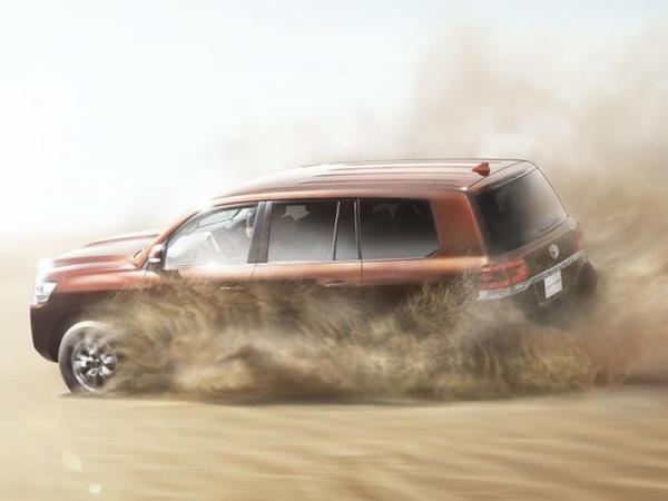 Toyota Land Cruiser yenilənmədən sonra qabiliyyətlərini itirməyəcək - FOTO